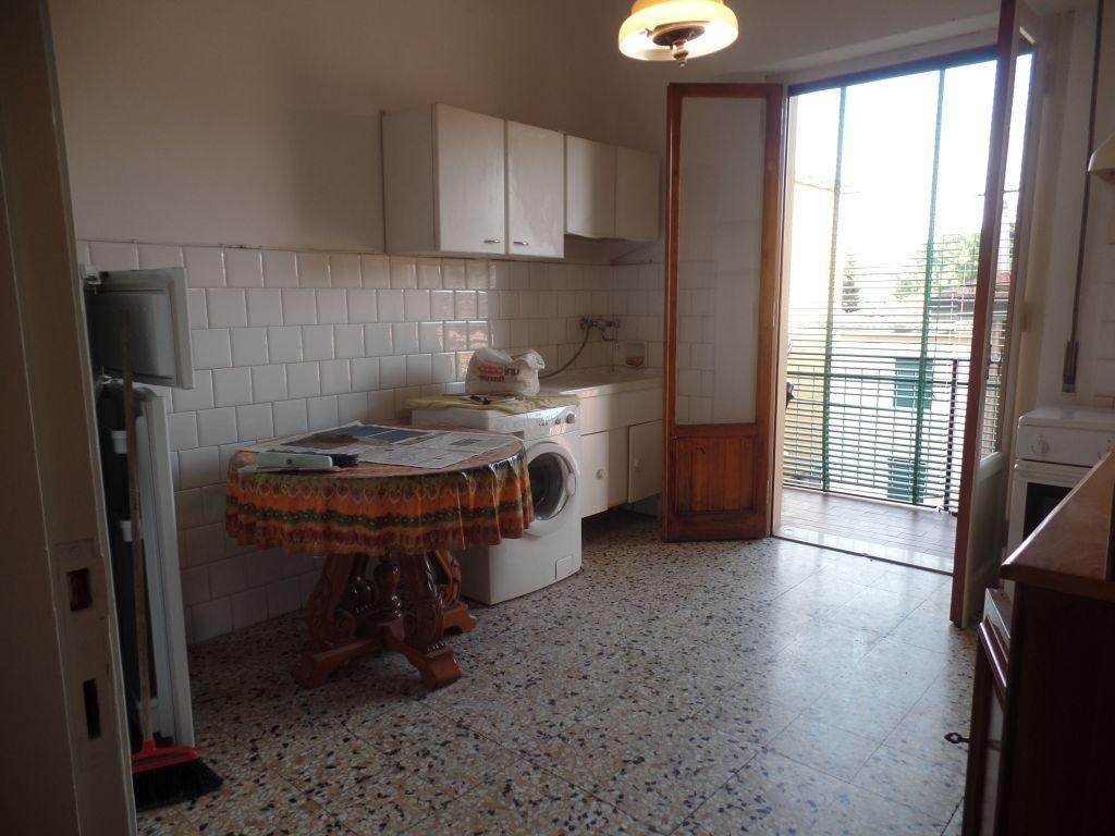 Appartamento in affitto a San Giovanni Valdarno, 4 locali, prezzo € 480 | Cambiocasa.it