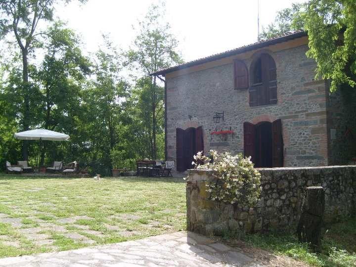 Rustico / Casale in vendita a San Giovanni Valdarno, 5 locali, prezzo € 400.000 | Cambio Casa.it