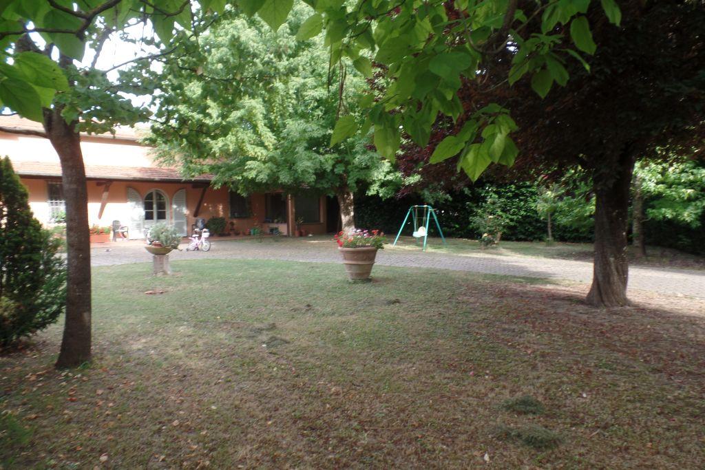 Villa in vendita a San Giovanni Valdarno, 7 locali, zona Zona: Fornaci, prezzo € 580.000 | Cambio Casa.it