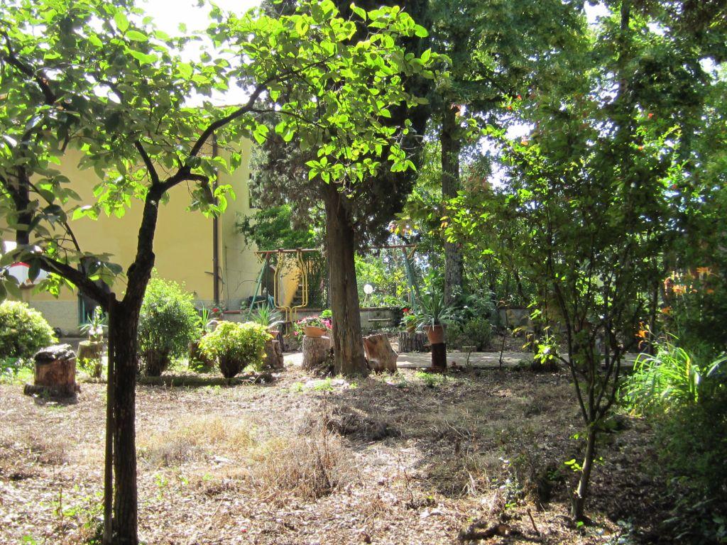 Azienda Agricola in vendita a Bucine, 14 locali, zona Zona: Levane, prezzo € 600.000 | CambioCasa.it