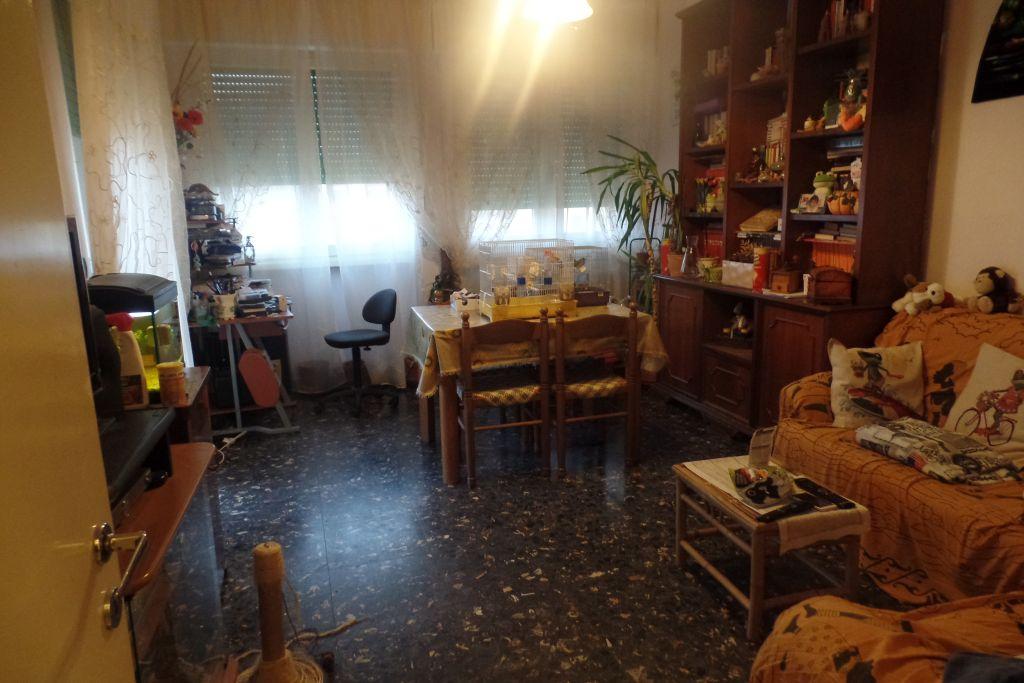 Appartamento in vendita a Loro Ciuffenna, 5 locali, zona Zona: Centro, prezzo € 135.000 | Cambio Casa.it