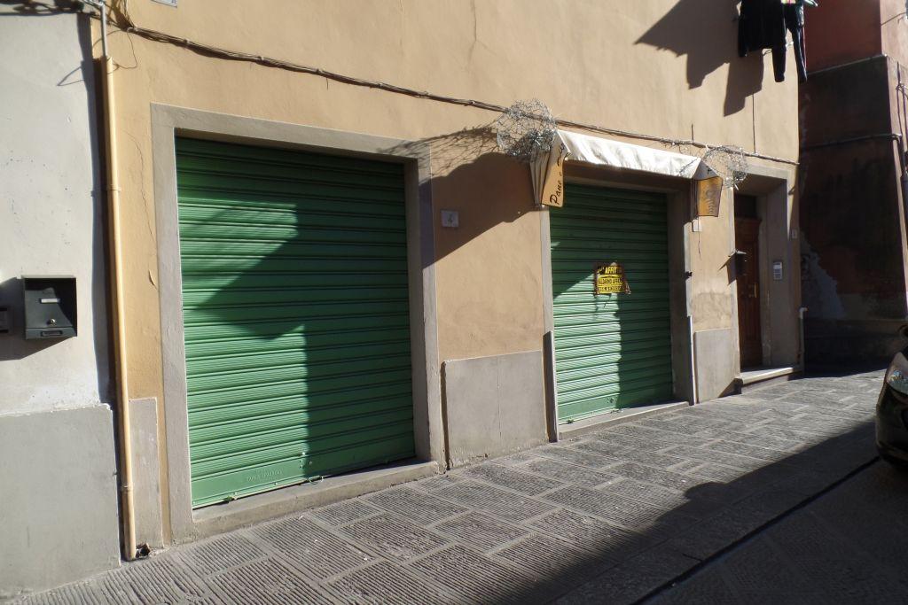 Negozio / Locale in Affitto a San Giovanni Valdarno