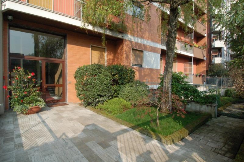 Bilocale Milano Via Bartolomeo D'alviano 1
