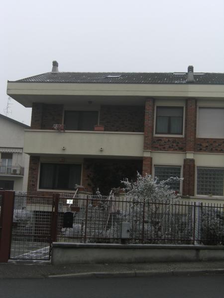 Villa in vendita a Novara, 6 locali, zona Località: S.Martino, Trattative riservate | CambioCasa.it