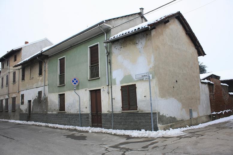 Casa Indipendente vendita CASALINO (NO) - 7 LOCALI - 160 MQ