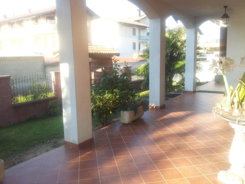 Soluzione Indipendente in vendita a Romentino, 3 locali, prezzo € 410.000 | Cambio Casa.it