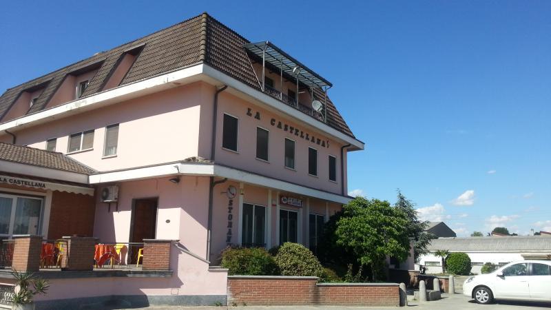 Negozio / Locale in vendita a Castello d'Agogna, 9999 locali, Trattative riservate | CambioCasa.it