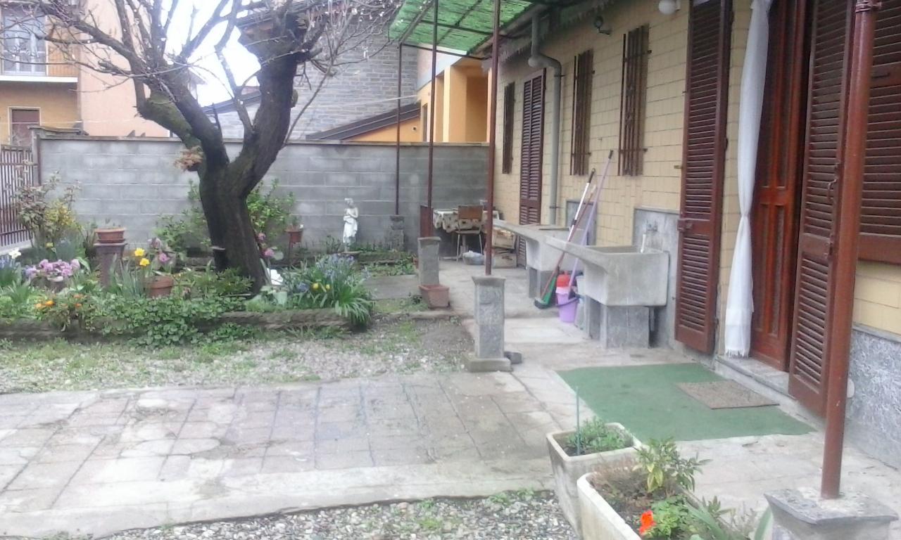 Soluzione Indipendente in vendita a Novara, 3 locali, prezzo € 160.000 | Cambio Casa.it