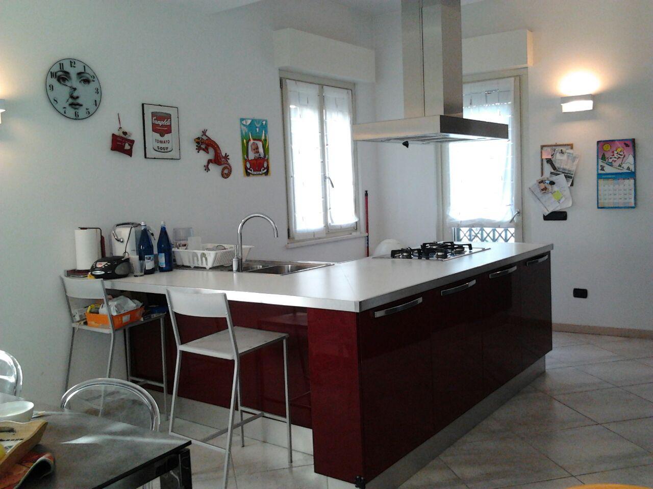 Villa in vendita a Romentino, 4 locali, prezzo € 260.000 | Cambio Casa.it
