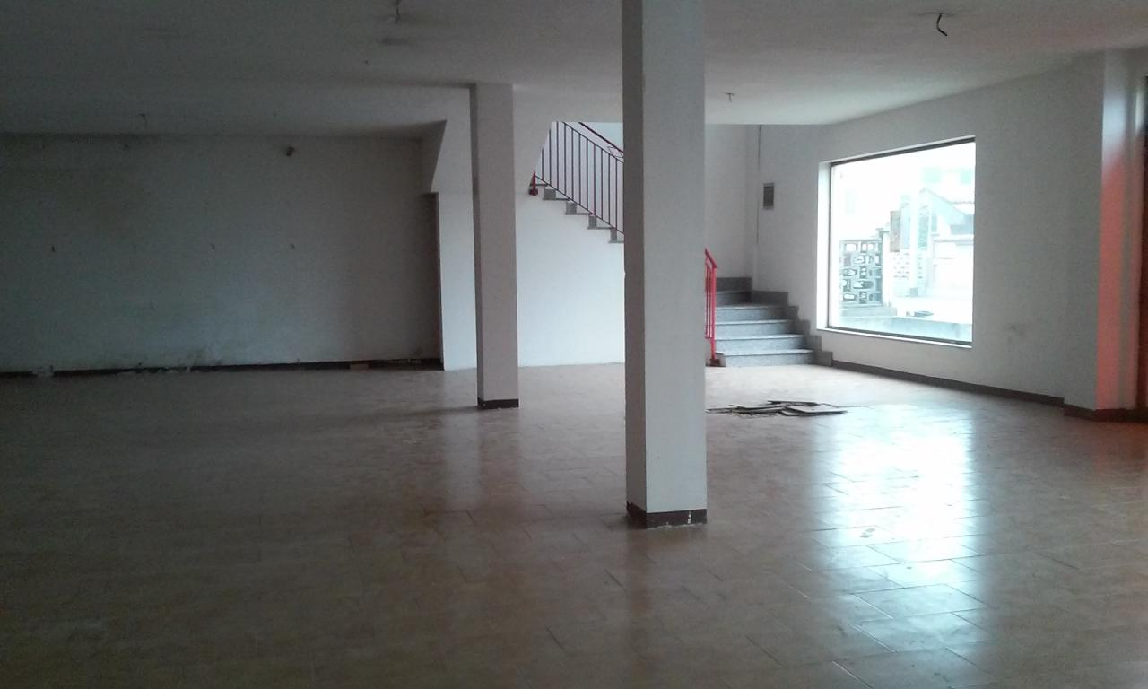 Negozio / Locale in affitto a Garbagna Novarese, 9999 locali, prezzo € 1.800 | CambioCasa.it