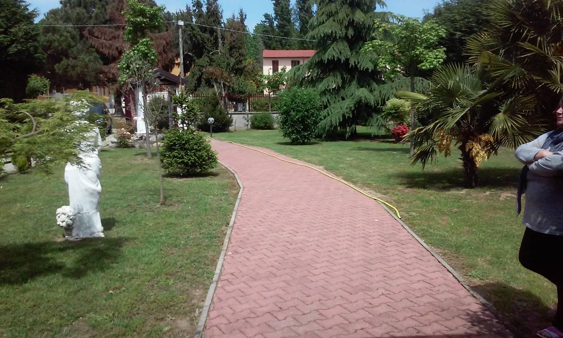 Villa in vendita a Confienza, 4 locali, prezzo € 260.000 | Cambio Casa.it