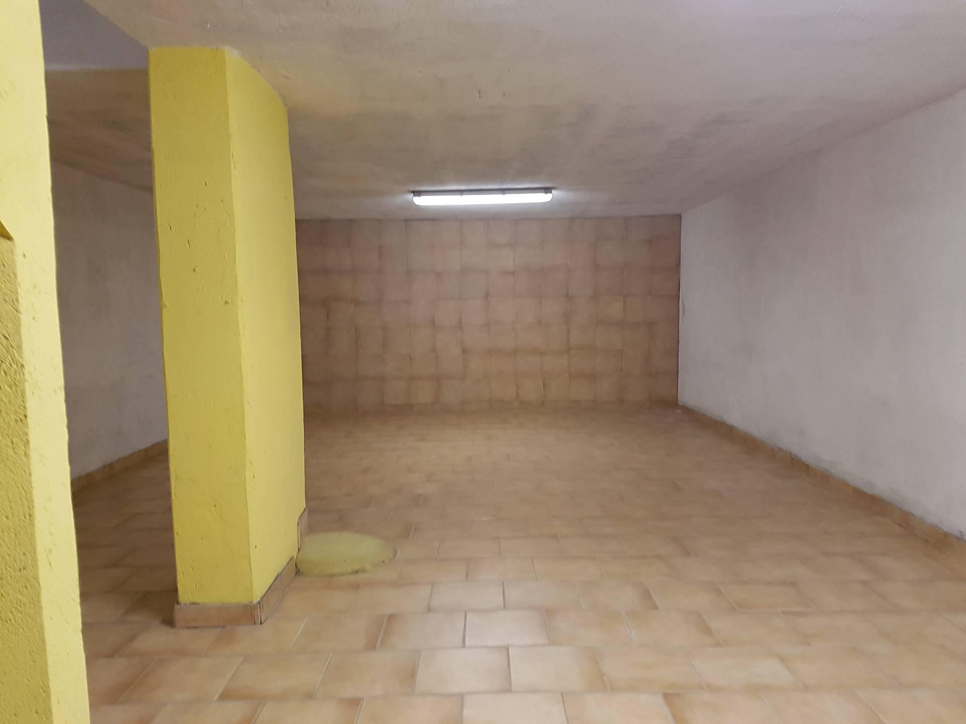 Box / Garage in vendita a Novara, 1 locali, zona Località: Rizzottaglia, prezzo € 37.000 | Cambio Casa.it