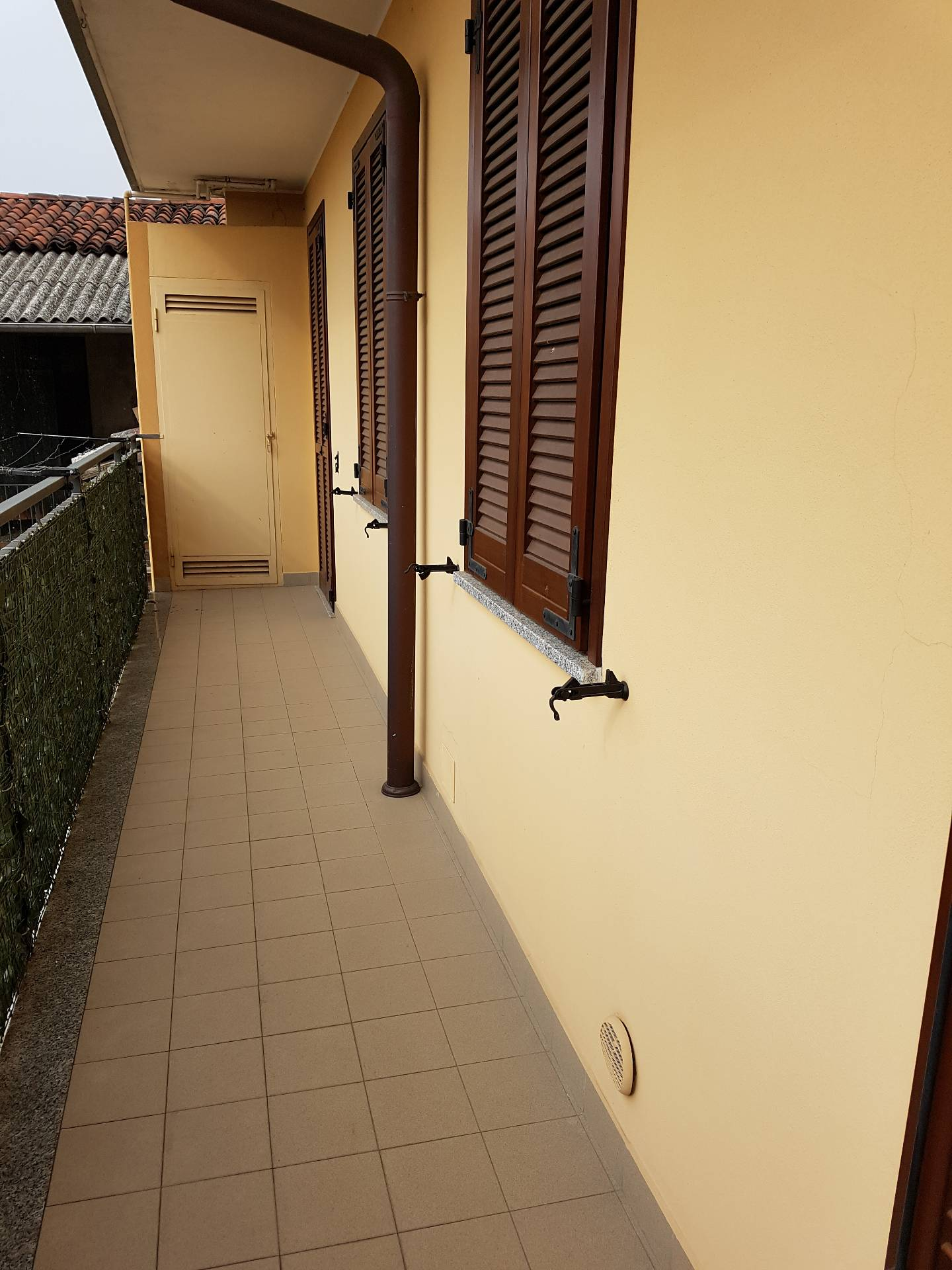 Appartamento in vendita a Galliate, 2 locali, prezzo € 78.000 | CambioCasa.it