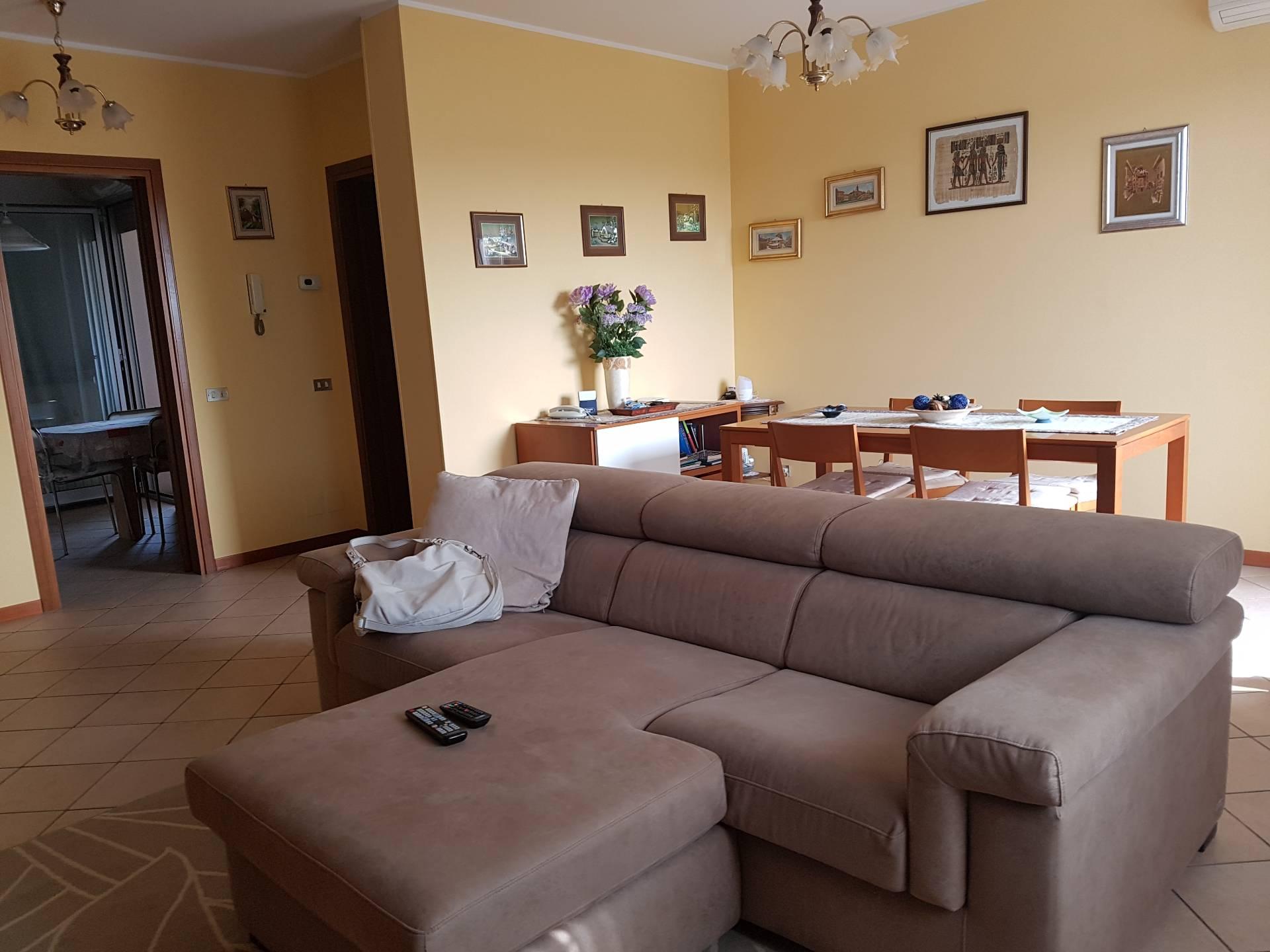 Appartamento in Vendita a Caltignaga