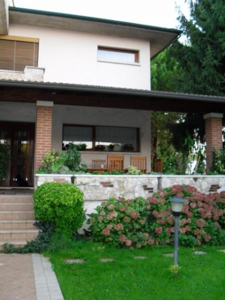 Soluzione Indipendente in vendita a Belfiore, 10 locali, prezzo € 450.000 | Cambio Casa.it