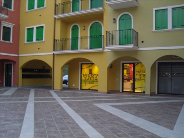 Negozio / Locale in affitto a Montecchia di Crosara, 9999 locali, prezzo € 550 | CambioCasa.it