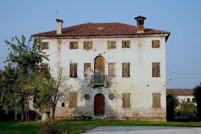 Villa in vendita a Zimella, 10 locali, prezzo € 750.000 | Cambio Casa.it
