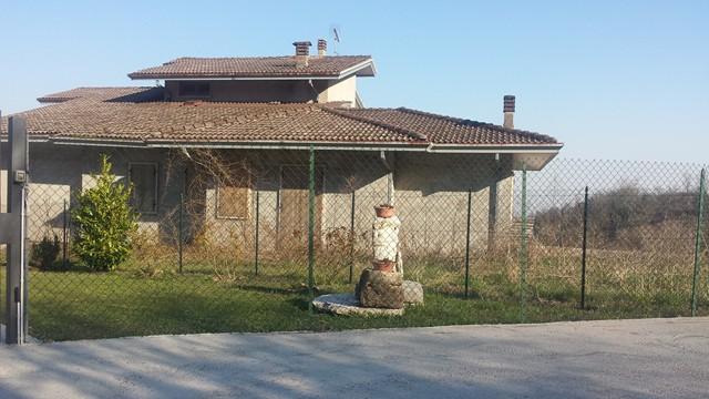 Soluzione Indipendente in vendita a Vestenanova, 8 locali, prezzo € 80.000 | Cambio Casa.it