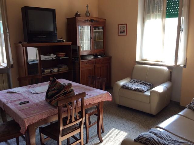 Appartamento in vendita a Soave, 3 locali, prezzo € 90.000 | CambioCasa.it