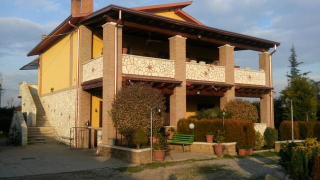 Soluzione Indipendente in vendita a Cologna Veneta, 9 locali, zona Zona: Baldarìa, prezzo € 498.000 | Cambio Casa.it