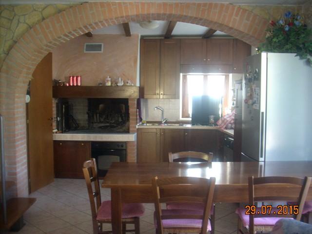 Soluzione Indipendente in vendita a Montecchia di Crosara, 5 locali, prezzo € 170.000 | Cambio Casa.it