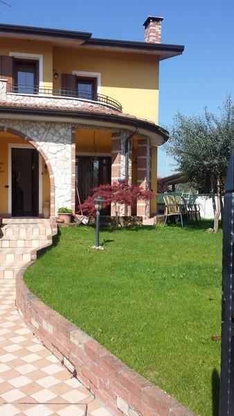 Villa a Schiera in vendita a Arcole, 7 locali, zona Zona: Gazzolo, prezzo € 260.000 | CambioCasa.it