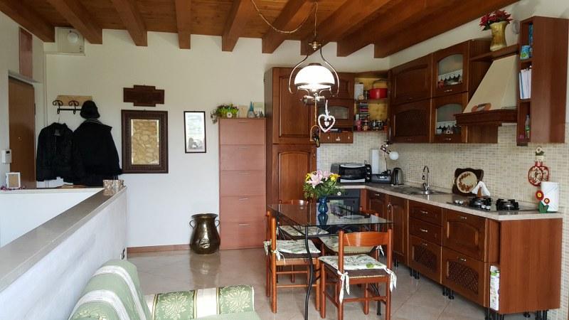 Appartamento in vendita a Soave, 3 locali, prezzo € 185.000 | Cambio Casa.it