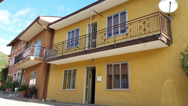 Rustico / Casale in vendita a Vestenanova, 10 locali, zona Zona: Vestenavecchia, prezzo € 85.000 | Cambio Casa.it