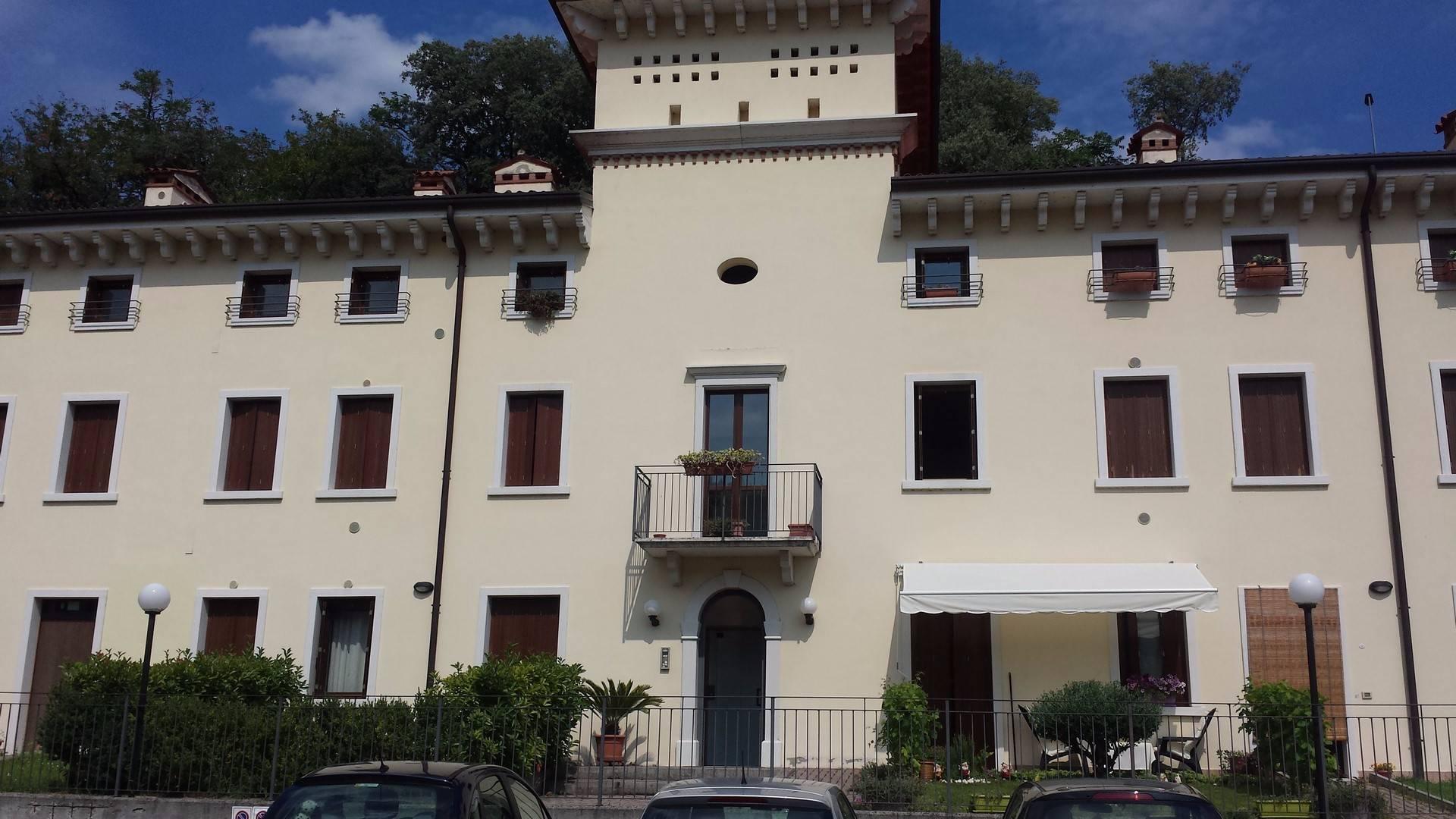 Appartamento in vendita a Cazzano di Tramigna, 2 locali, prezzo € 48.000 | CambioCasa.it