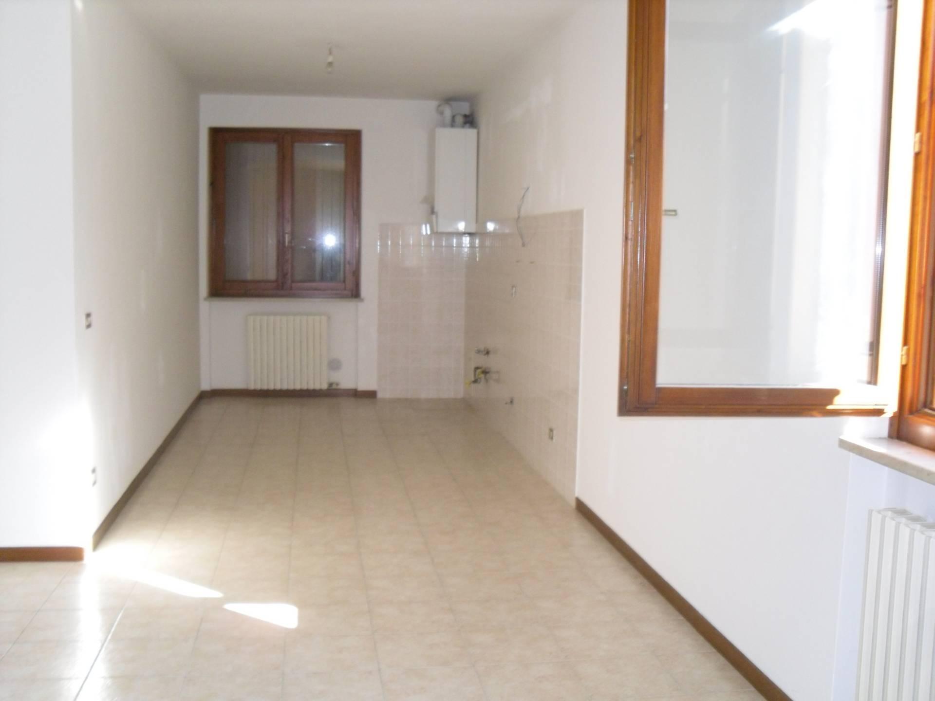 Appartamento in affitto a Soave, 3 locali, prezzo € 470 | Cambio Casa.it