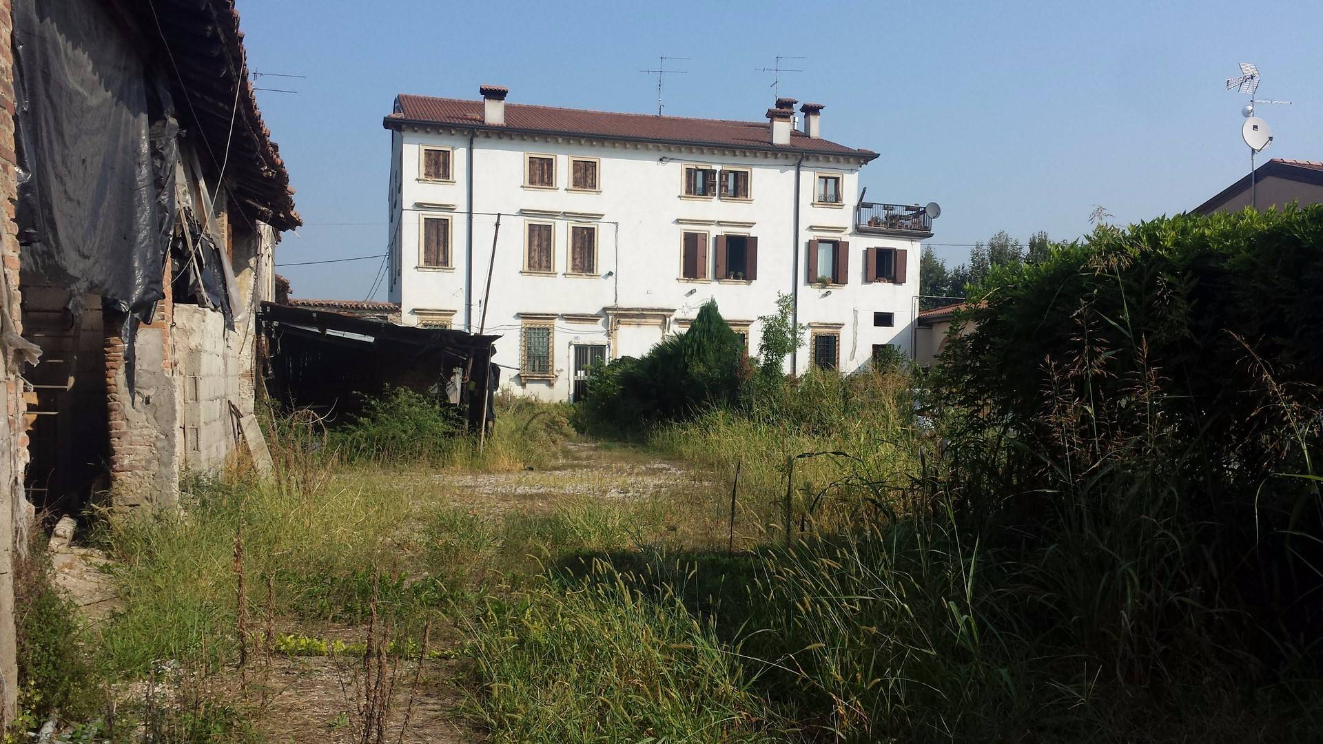 Rustico / Casale in vendita a Verona, 12 locali, zona Località: SanMichele, Trattative riservate | Cambio Casa.it