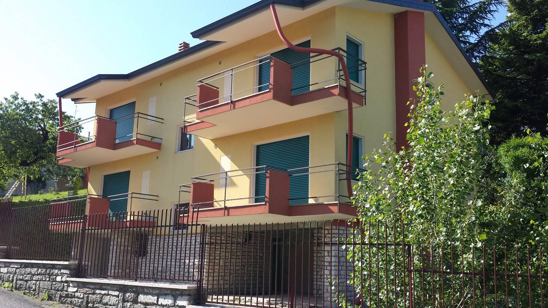 Appartamento in vendita a Cerro Veronese, 3 locali, prezzo € 140.000 | Cambio Casa.it