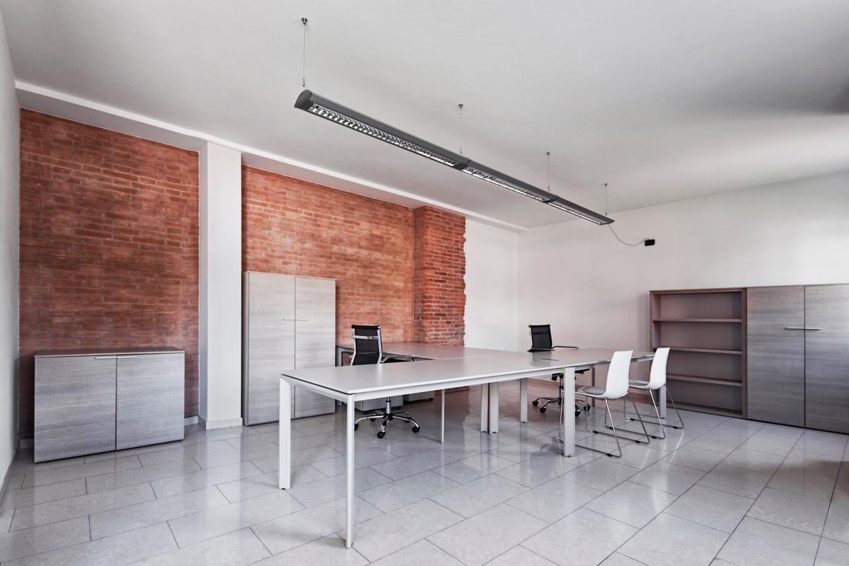 Ufficio / Studio in affitto a Monteforte d'Alpone, 9999 locali, prezzo € 400 | CambioCasa.it