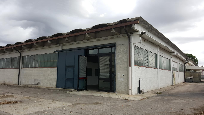Capannone in affitto a Veronella, 9999 locali, prezzo € 1.000 | CambioCasa.it