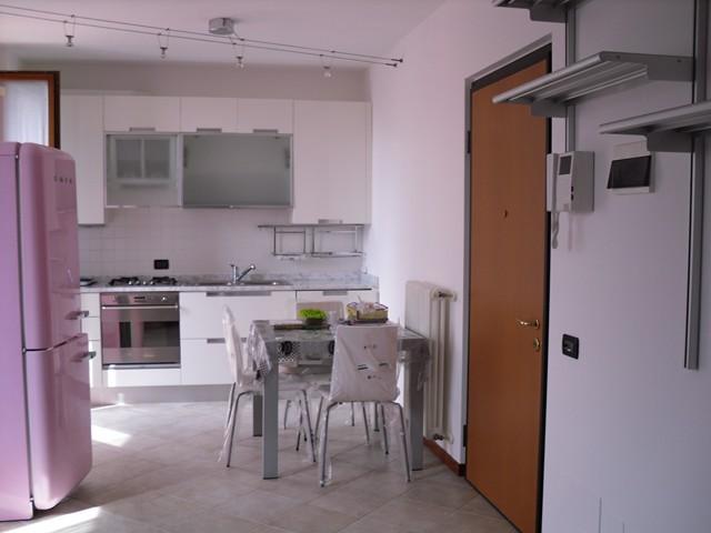 Appartamento in affitto a Soave, 2 locali, prezzo € 450   CambioCasa.it