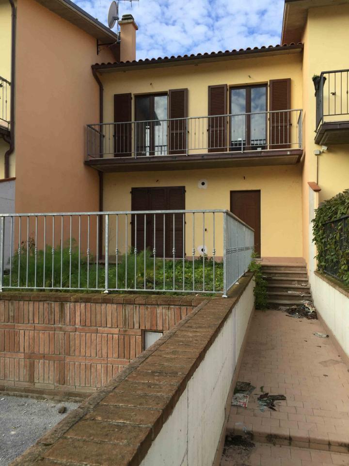 Villa a Schiera in Vendita a Sassoferrato