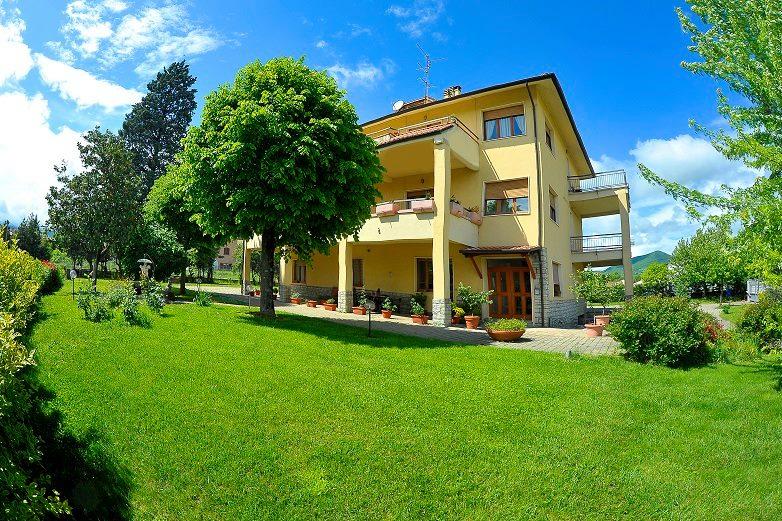 Soluzione Indipendente in vendita a Fabriano, 1 locali, zona Località: PERIFERIA, Trattative riservate | CambioCasa.it