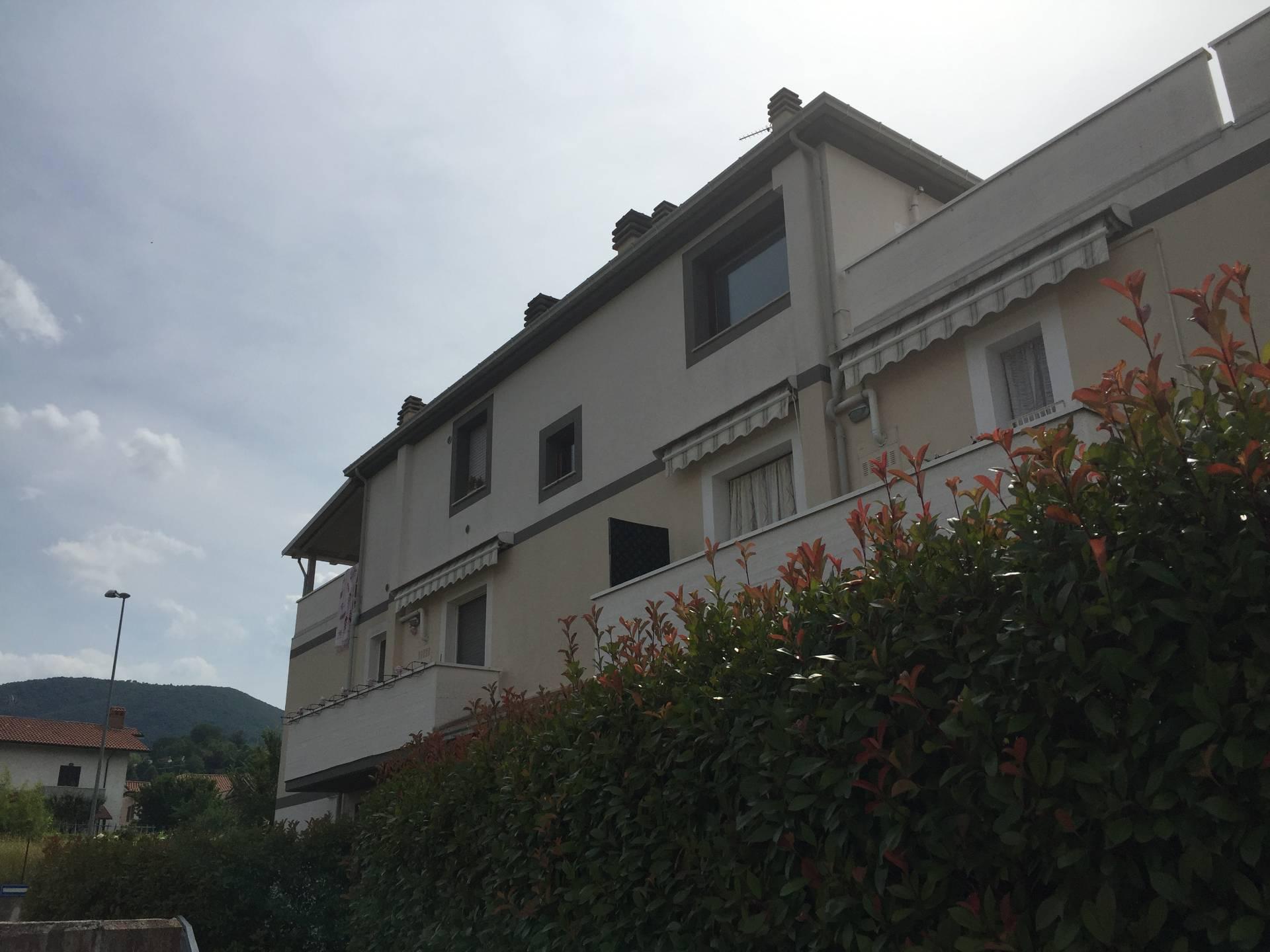 Attico / Mansarda in vendita a Fabriano, 4 locali, zona Località: PERIFERIA, prezzo € 183.000 | CambioCasa.it