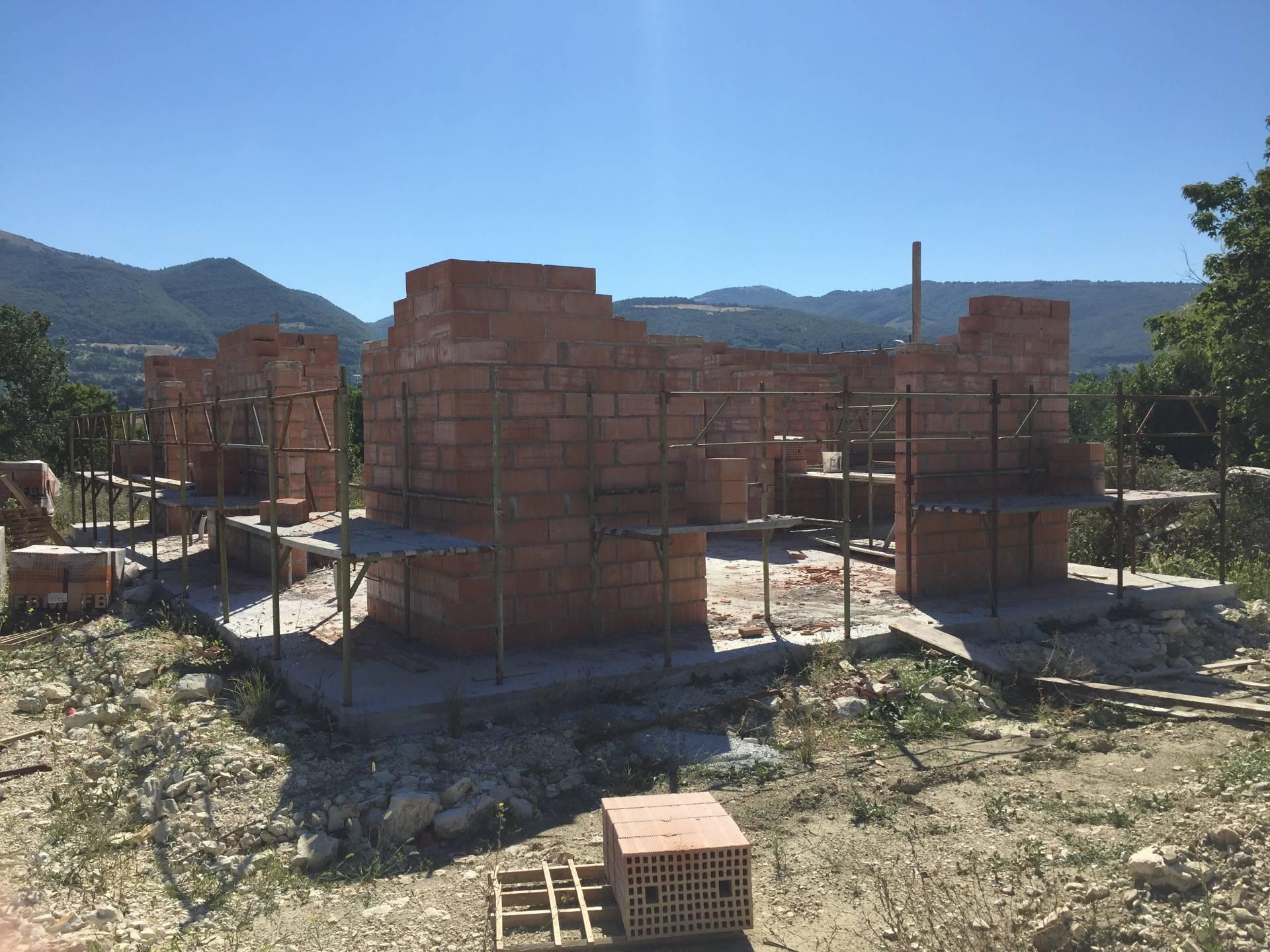 Villa in vendita a Nocera Umbra, 9 locali, Trattative riservate | CambioCasa.it