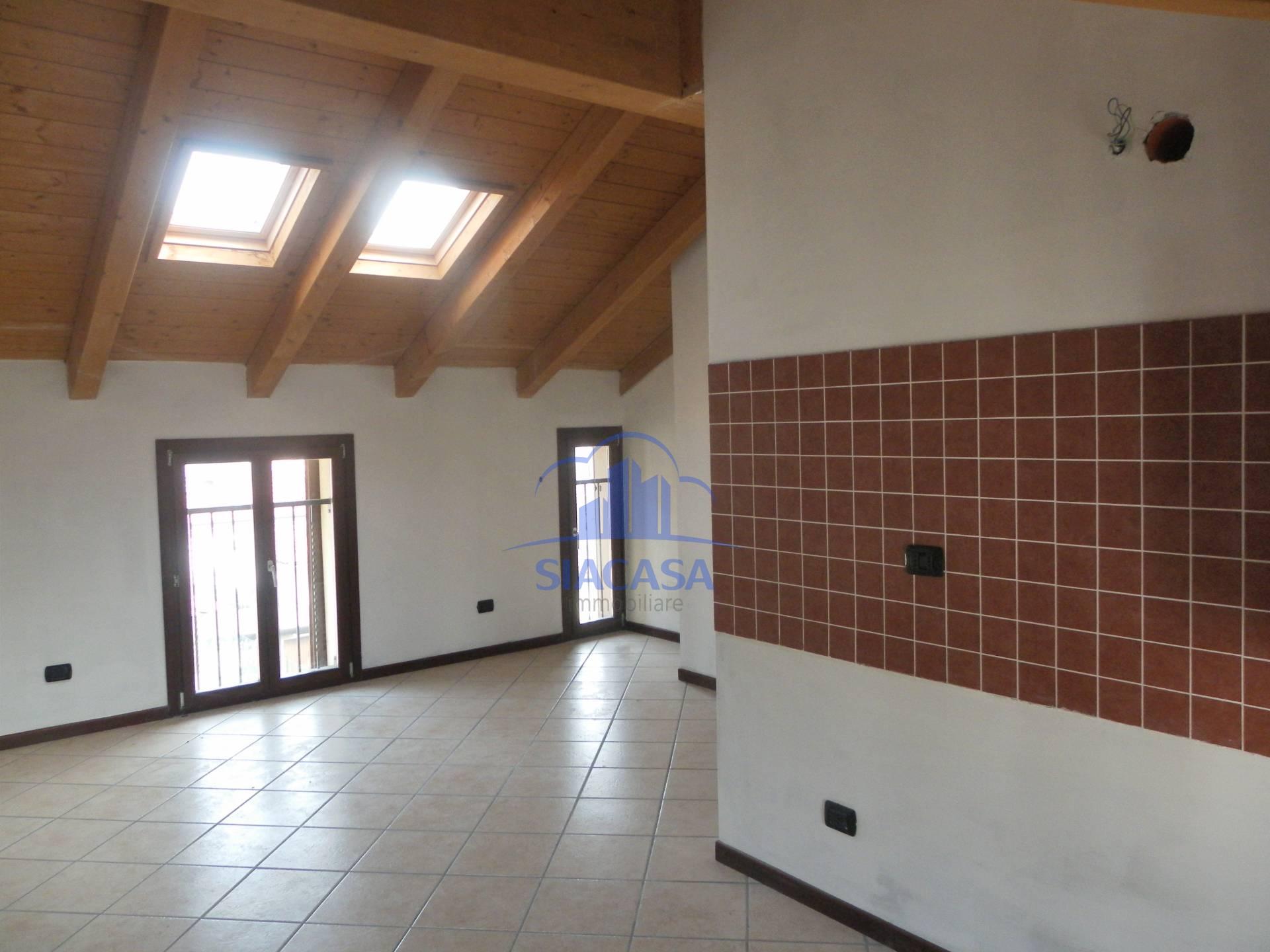 Bilocale Cornate d Adda Via Giuseppe Mazzini 9