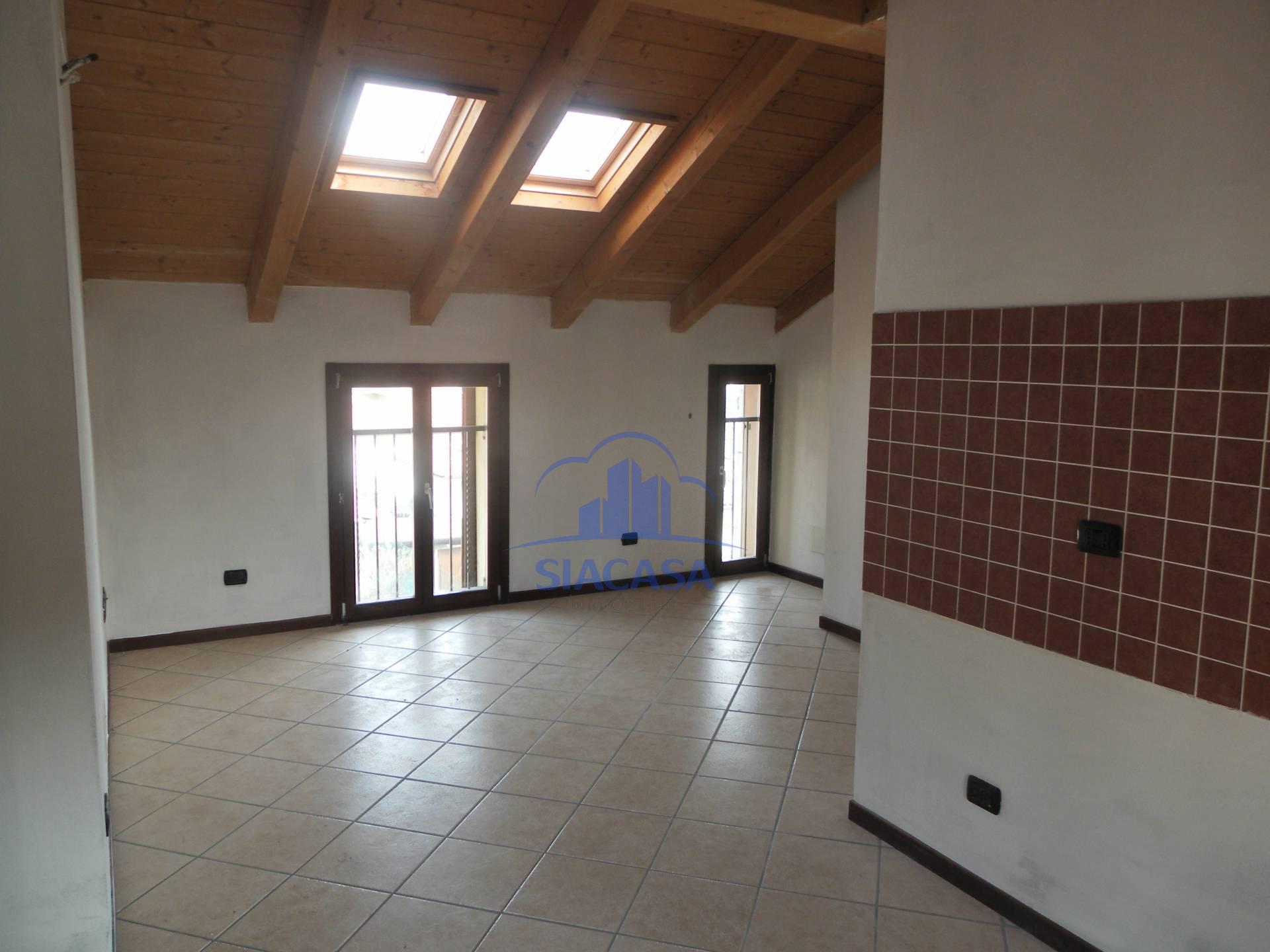 Bilocale Cornate d Adda Via Giuseppe Mazzini 6