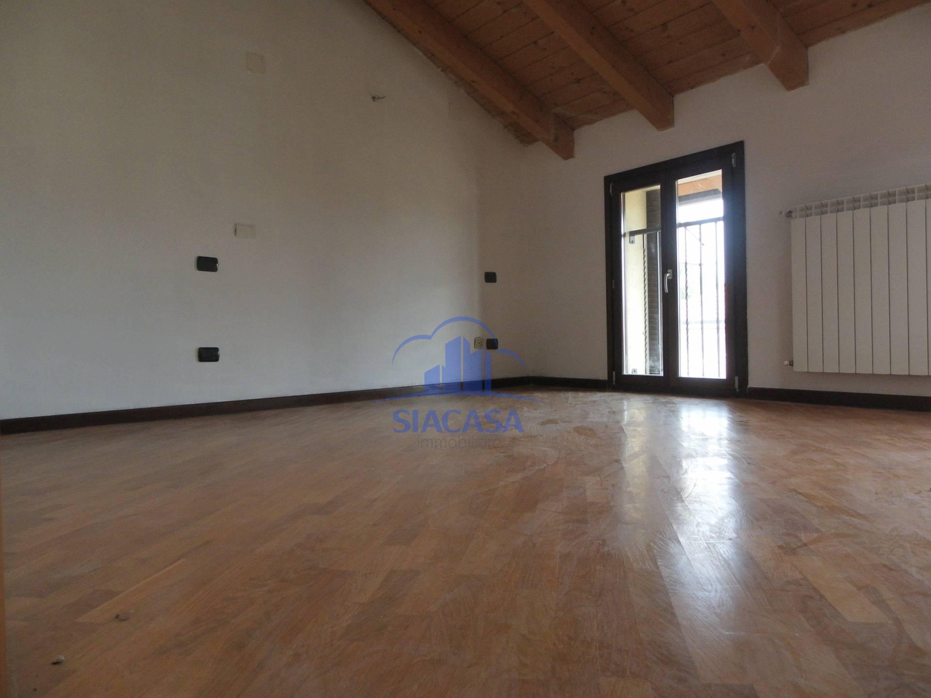 Bilocale Cornate d Adda Via Giuseppe Mazzini 1