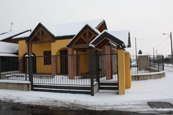 Villa a Schiera in Vendita a Oleggio
