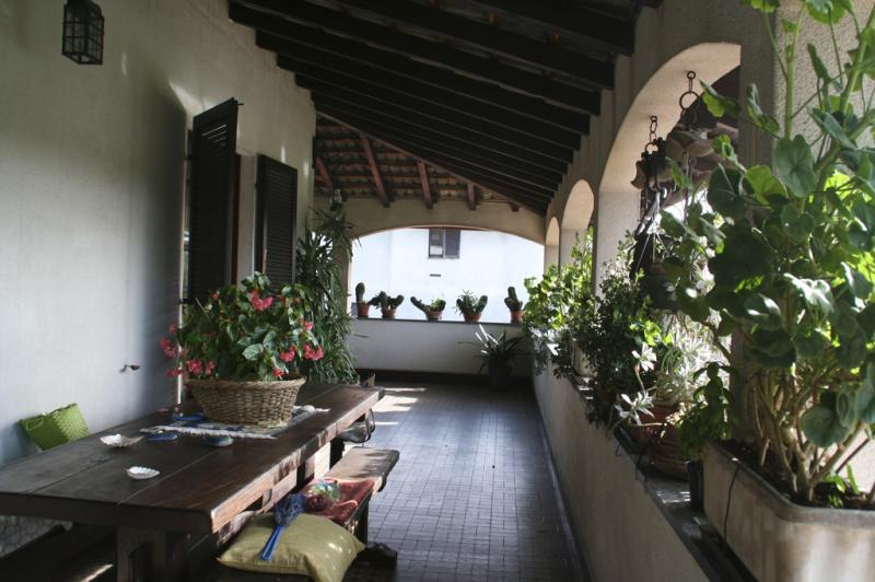 Villa in vendita a Oleggio, 10 locali, zona Località: vicinanzecentro, prezzo € 370.000 | Cambio Casa.it