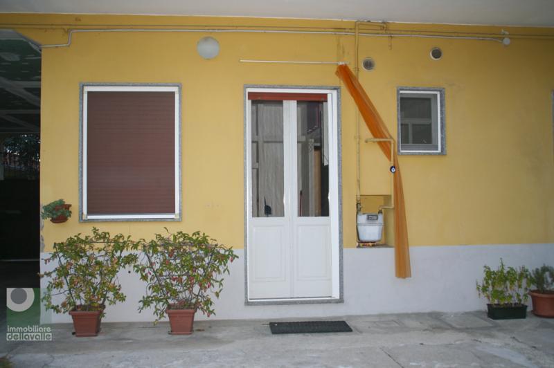 Appartamento in vendita a Galliate, 2 locali, prezzo € 79.000 | Cambio Casa.it
