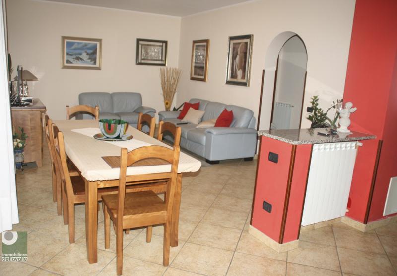 Altro in vendita a Oleggio, 5 locali, prezzo € 220.000 | Cambio Casa.it