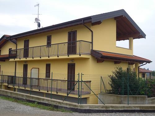 Appartamento in Vendita a Varallo Pombia