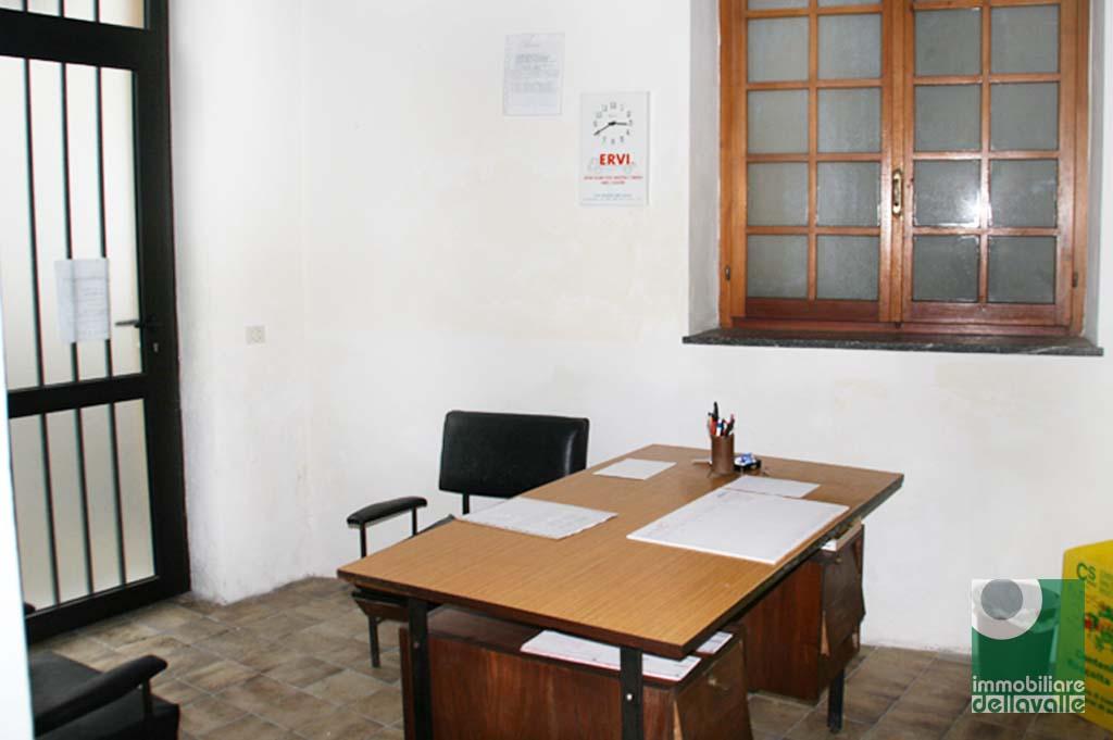 Negozio / Locale in affitto a Bellinzago Novarese, 9999 locali, prezzo € 300 | Cambio Casa.it