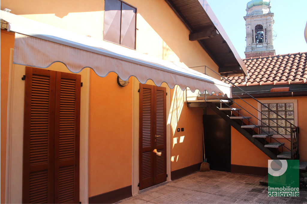 Appartamento in affitto a Oleggio, 3 locali, prezzo € 500 | Cambio Casa.it