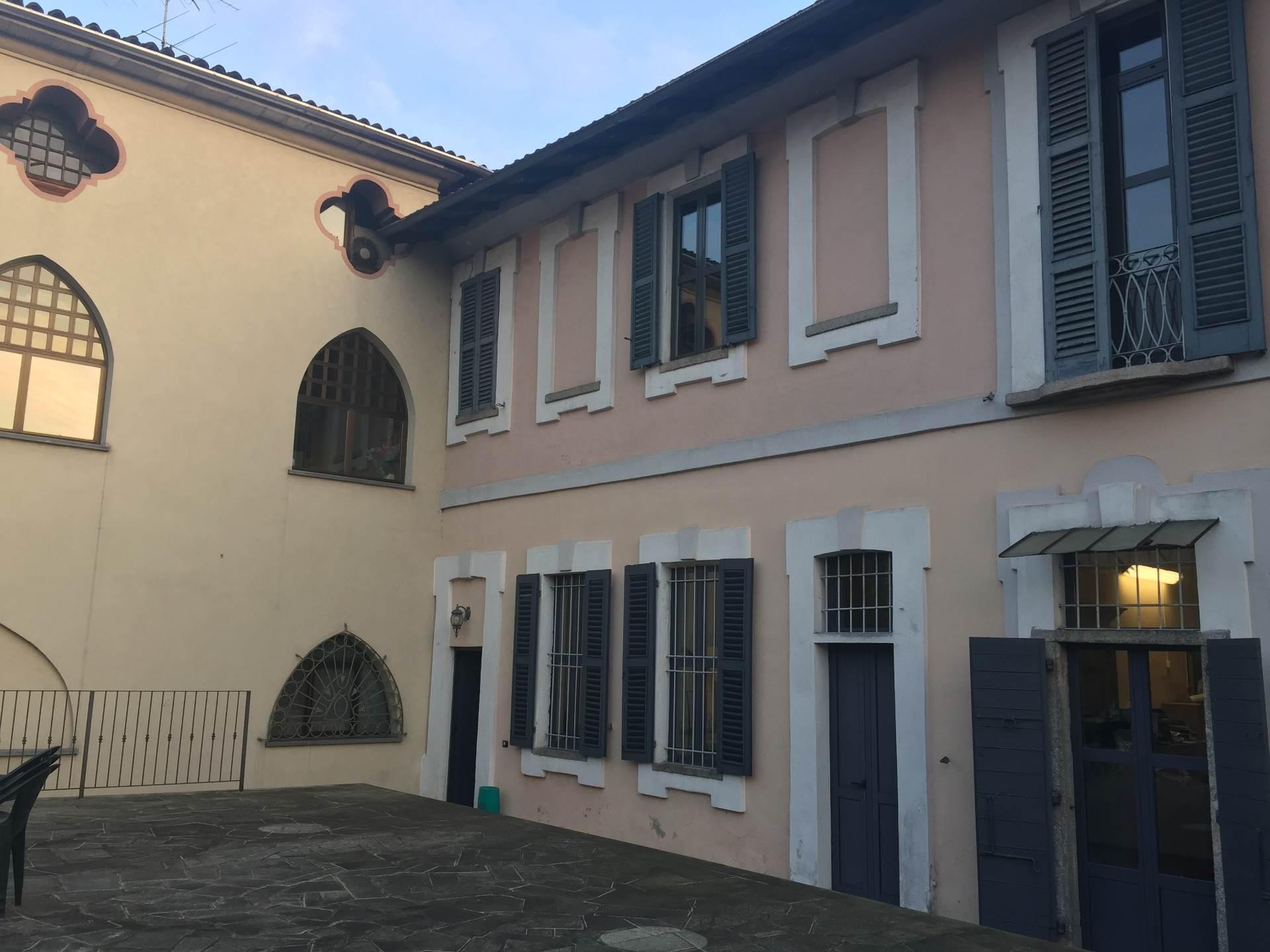 Ufficio / Studio in affitto a Oleggio, 9999 locali, prezzo € 1.400 | Cambio Casa.it